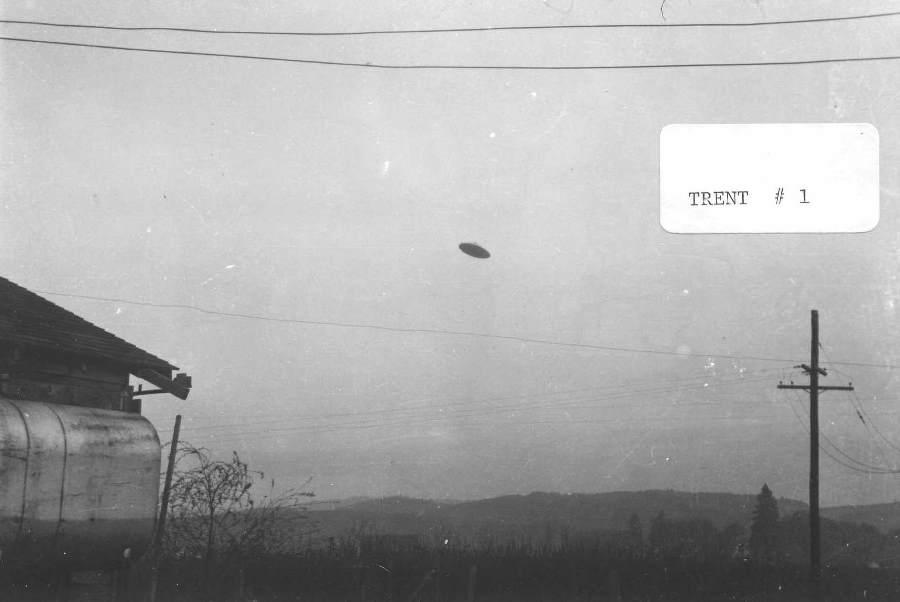 Mc minnville ufo photo